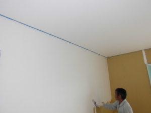 内部の漆喰工事中です。