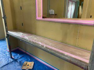 内部漆喰工事の施工風景